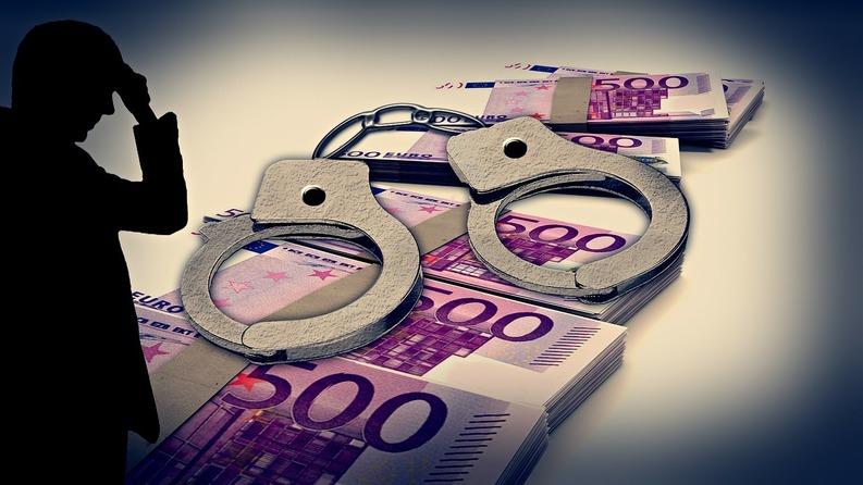 handcuffs-257995-1280-1