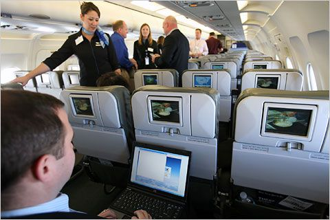 internet_in_avion-605x