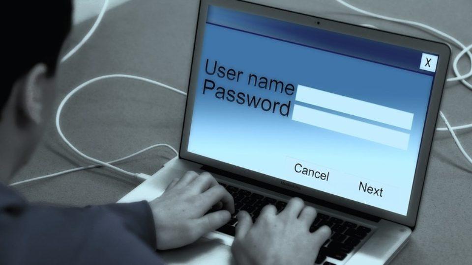laptop-868816-1280