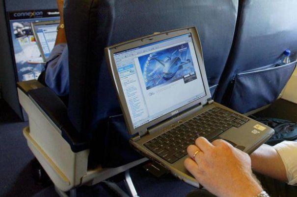 laptop981avion-605x