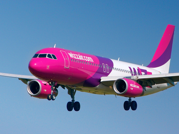 1_09 airbus-320-200-wizz-air-2-c