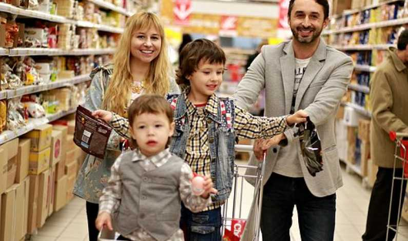 7_27_shopping familiy