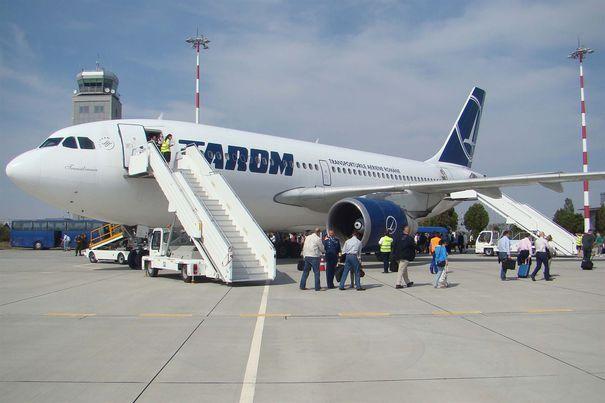 1100518_tarom-avion-debarcare