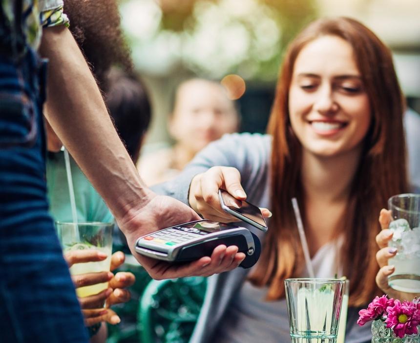 mastercard-i-phyre-lanseaz-un-nou-portofel-digital-pe-pia-a-din-romania-2