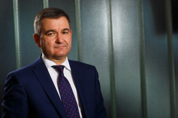 valeriu-binig-senior-advisor-ey-romania-605×403