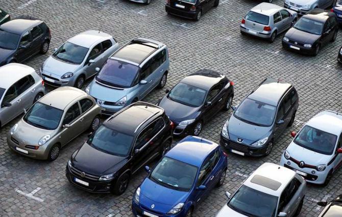 parc_auto_parcare_masini_13459100
