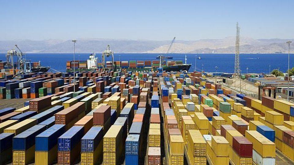 port-containere-shutterstock