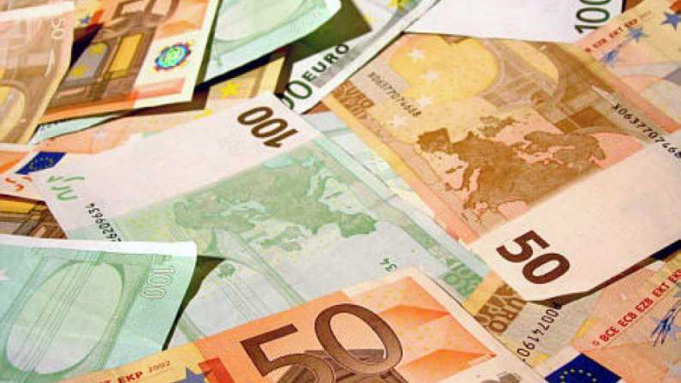 Salaping_papel_Euro_0