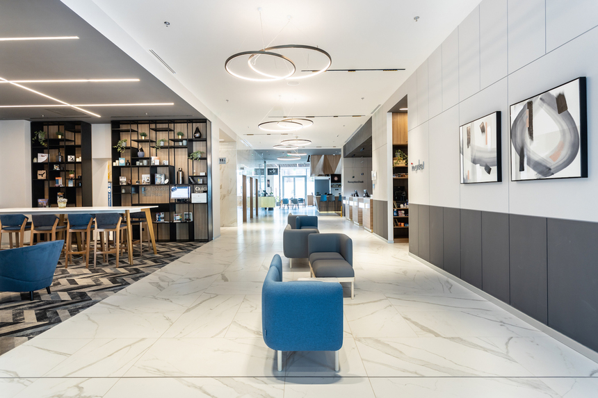courtyard-lobby