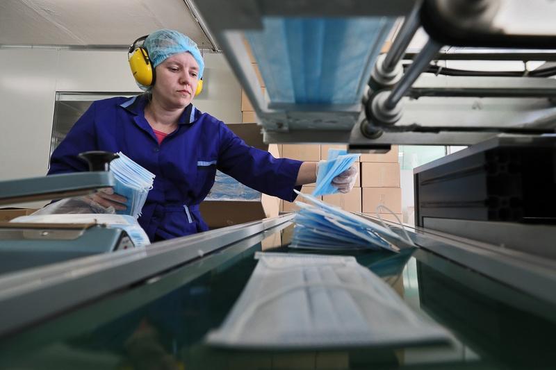 image-2020-04-14-23848143-41-productie-masti-protectie